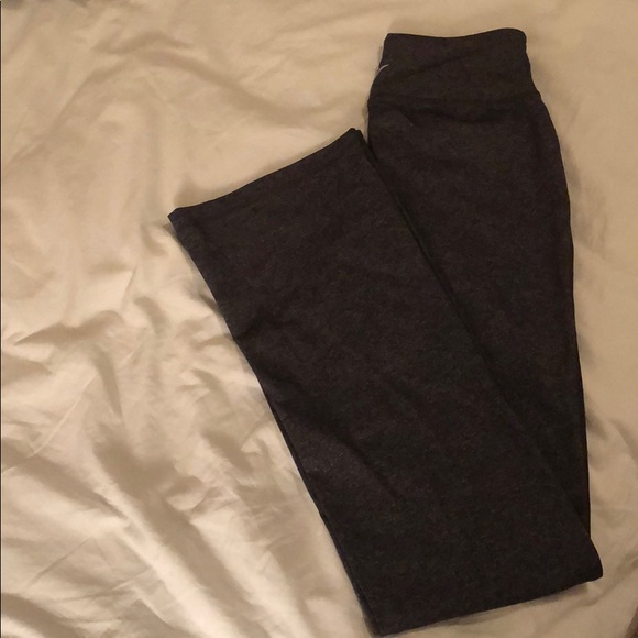 Old Navy Other - Old Navy active pants